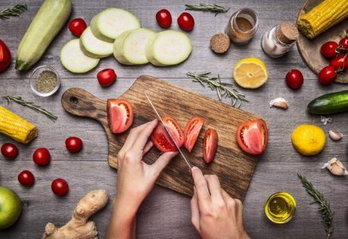 Dieta vegana e dieta vegetariana dannose per i bambini, l'allarme dei pediatri