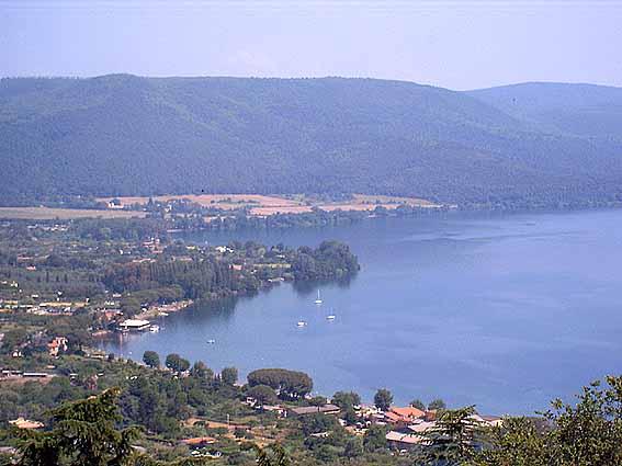Lago di Bracciano: scoperte 14 bombe risalenti alla II Guerra Mondiale