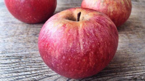 Calvizie: la mela annurca campana blocca la caduta dei capelli