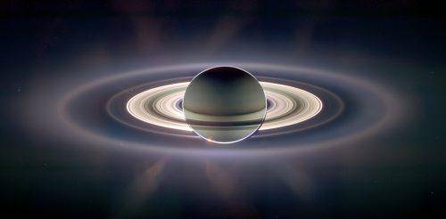 Cassini: tutto pronto per il tuffo nell'atmosfera di Saturno