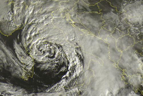tropical like cyclon mediterraneo