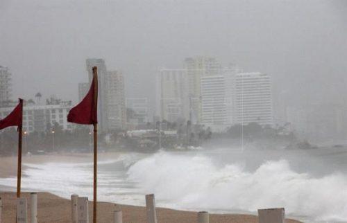 Uragano Norma: pericolo in Bassa California, a sud si contano i danni di Max