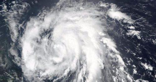 Caraibi: allarme per l'uragano Maria, in arrivo nuove devastazioni