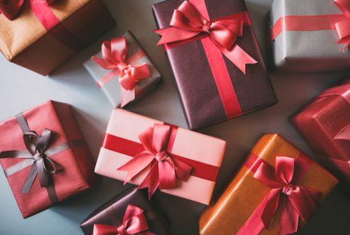 Generosità: nelle donne crea gratificazione, negli uomini no