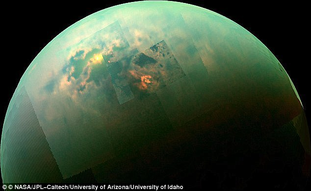 Titano: avvistata colossale nube di idrogeno cianuro