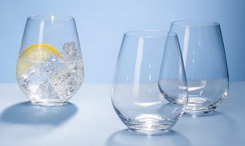 Bicchieri di vetro, l'allarme dei ricercatori: rischio cadmio e piombo