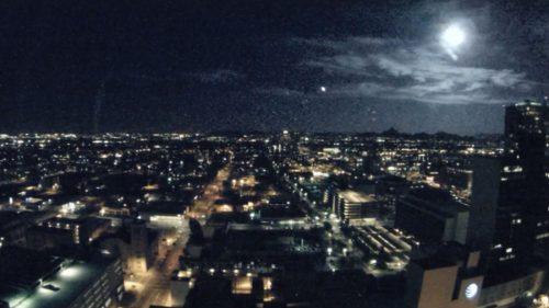 Phoenix: luminosissimo bolide attraversa il cielo, centinaia di avvistamenti. Il video