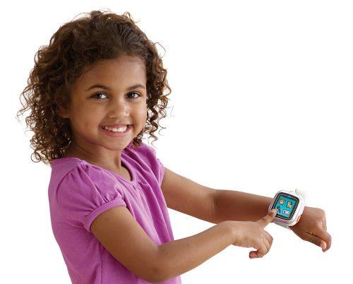 Smartwatch pericolosi per i bambini: in Germania vietata la vendita