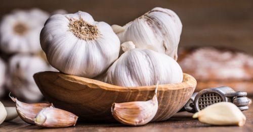 Salute: ecco come l'aglio combatte il cancro