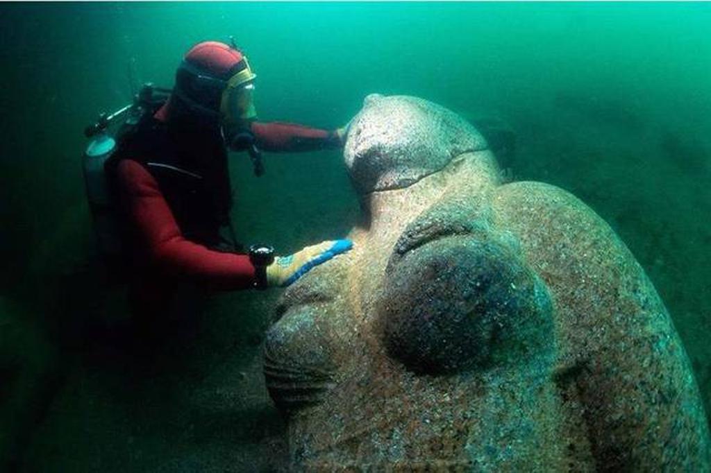 Egitto: dal Mediterraneo emerge Heracleion, antichissima città portuale