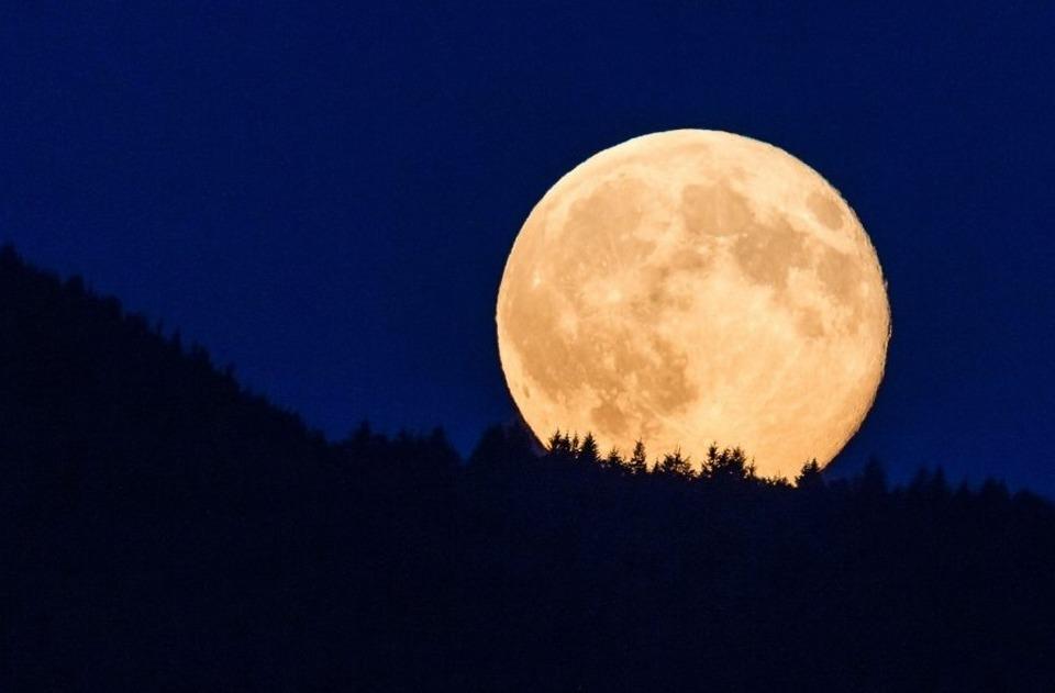 Torna la 'Superluna', appuntamento per domenica 3 dicembre
