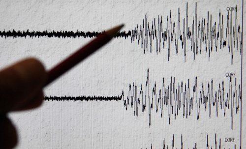 Terremoto Algeria: paura e gente in strada ad Algeri