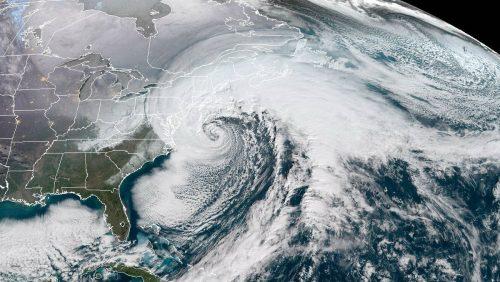 Bomb Cyclone: impressionante tempesta di neve colpisce gli Usa