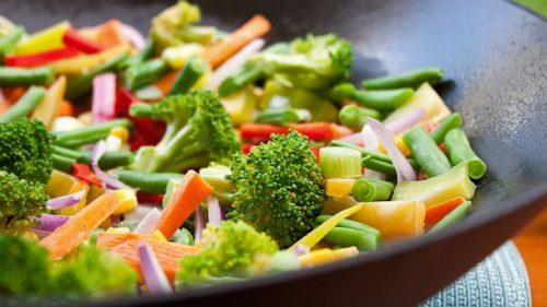 Alimentazione: un terzo delle morti improvvise evitate con dieta vegetariana