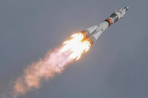SpaceX, viaggi su razzi da una città all'altra entro 10 anni
