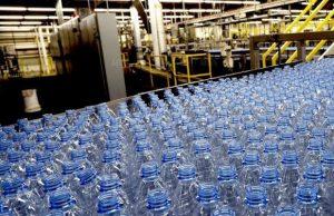 Creata in laboratorio sostanza sosia della plastica, i dettagli