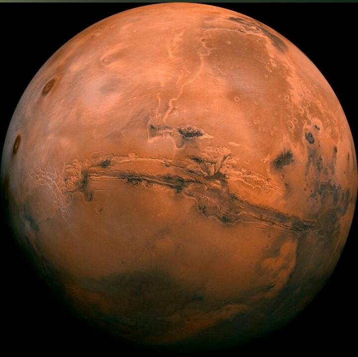 Marte, scoperta ufficialmente l'acqua