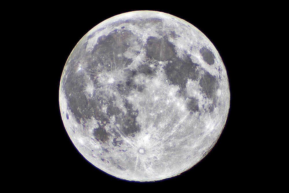 Vita extraterrestre sulla Luna? Scoperte le tracce