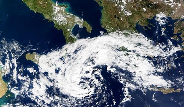 Ciclone mediterraneo: massima allerta in Grecia, possibili nubifragi nelle prossime ore