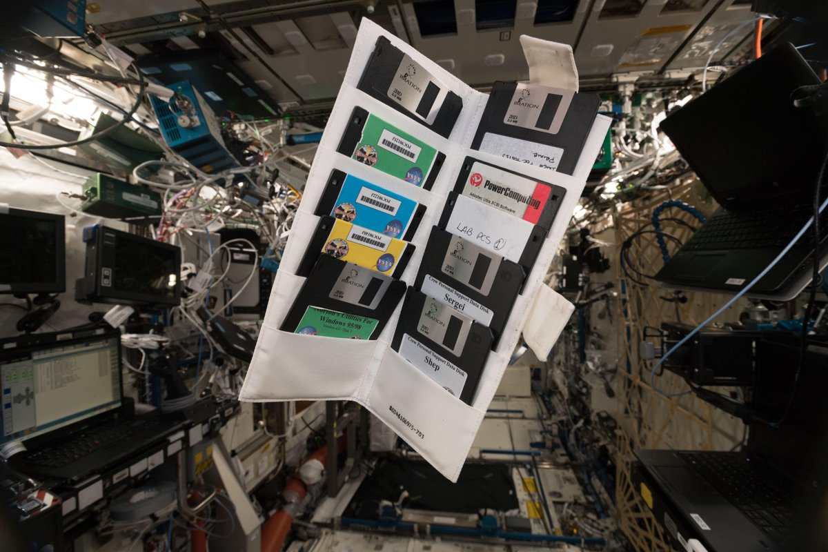 floppy disk iss
