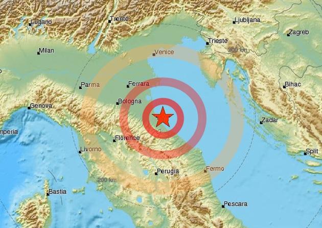 Terremoto Romagna: trema Rimini e il Ravennate, stop alla circolazione dei treni