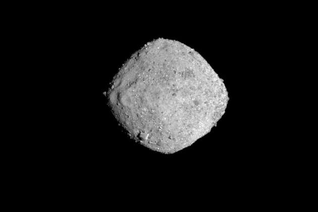 Spazio: sonda raggiunge asteroide Bennu, è la prima volta nella storia