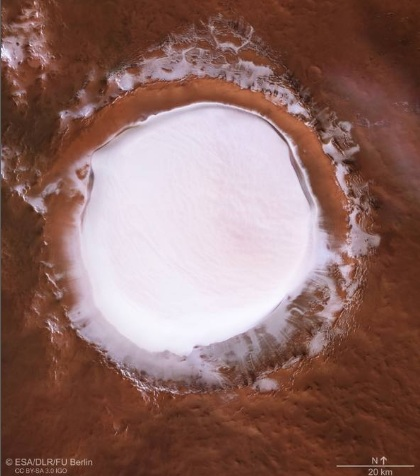 Marte la spettacolare immagine del cratere Korolev