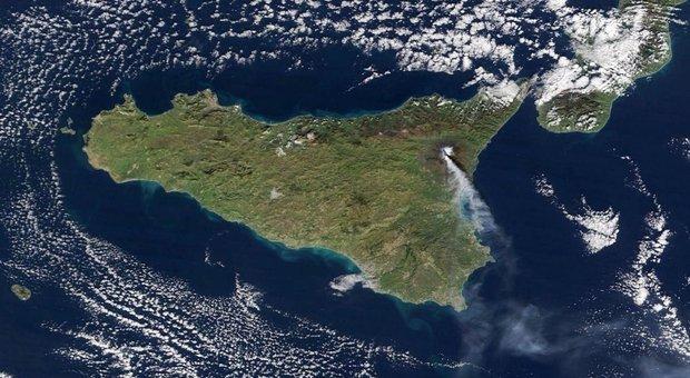 Etna: rilevato spostamento del vulcano di 50 cm