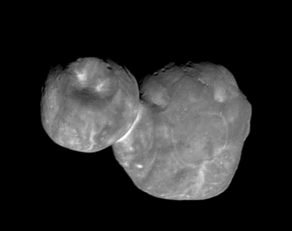 Ultima Thule:  l'immagine ravvicinata dell'oggetto spaziale più lontano raggiunto