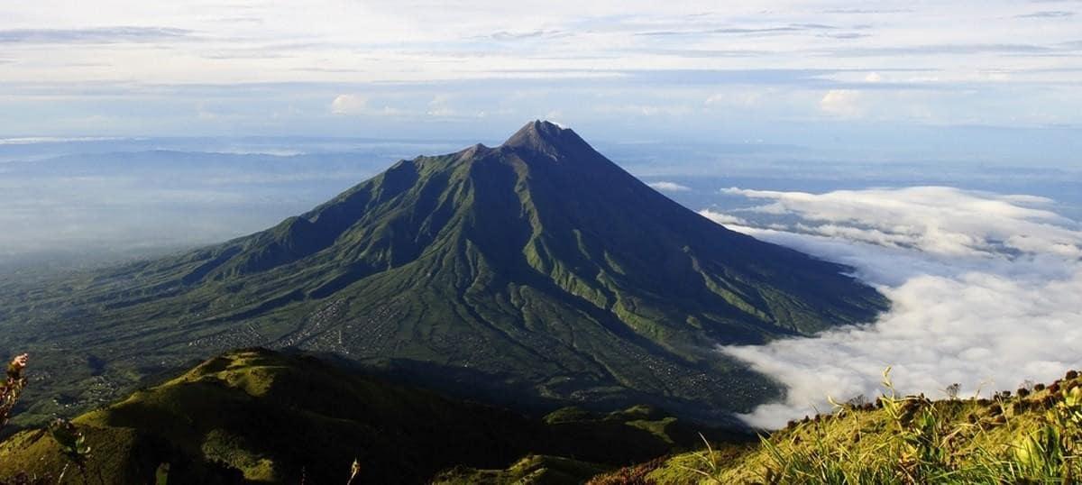 Indonesia: eruzione del Merapi, evacuazioni in corso