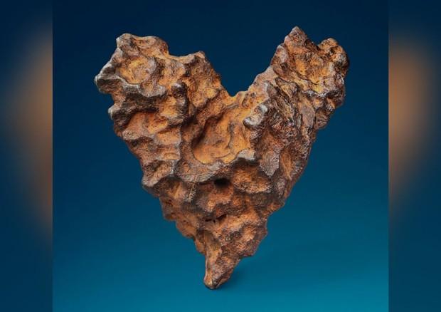 Meteorite a forma di cuore in vendita negli USA