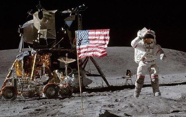L'uomo torna sulla Luna, lo storico annuncio della Nasa