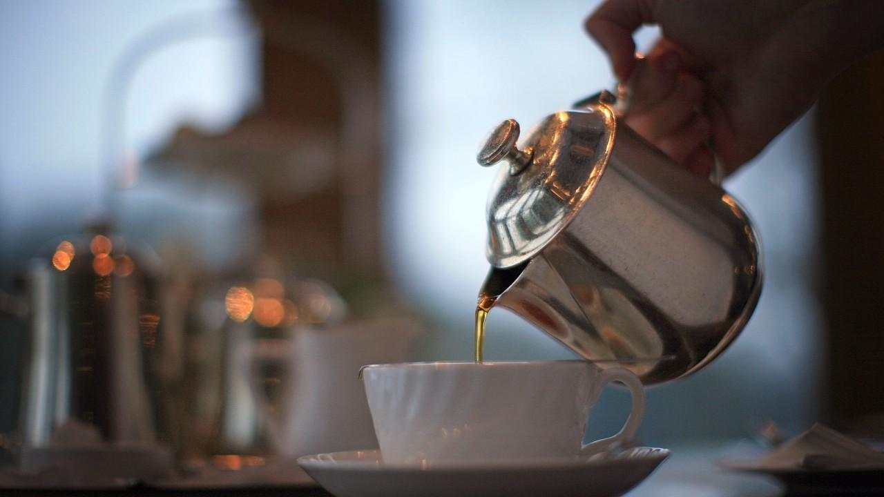 Cancro all'esofago e bevande calde: scoperta pericolosa correlazione