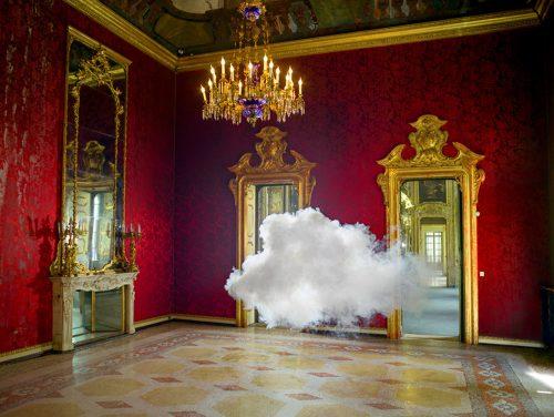 Creare nuvole in casa: ecco come realizzarle secondo Berndnaut Smilde