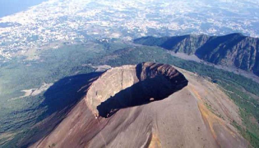 Terremoti Vesuvio: 30 scosse in un'ora