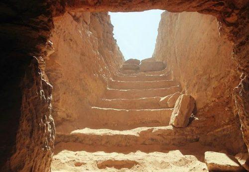 Scoperta antica tomba in Egitto, nella necropoli 35 mummie ben conservate