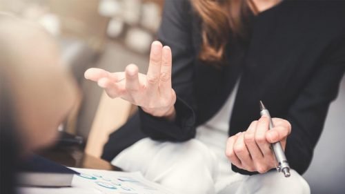Come riconoscere i 'segnali' dell'interlocutore secondo un esperto