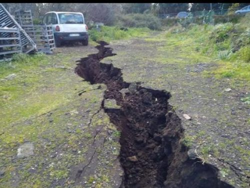 Etna: dalle faglie emerge radon. Allarme degli esperti