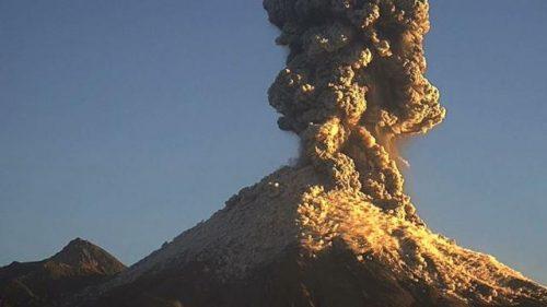 Confermata la formazione di un nuovo cratere sul vulcano Colima