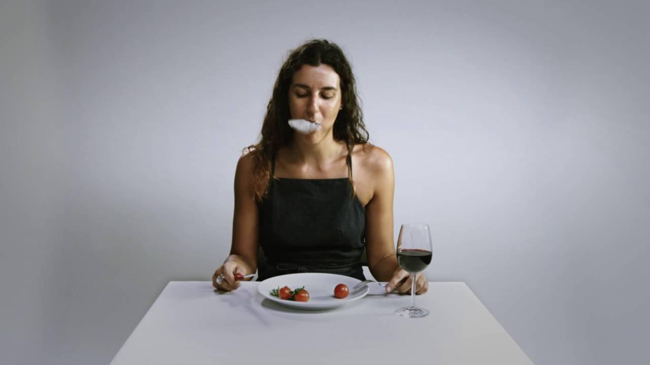 Inquinamento da plastica: mangiamo una carta di credito ogni settimana