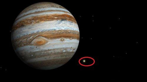 Spazio: enorme meteorite precipita su Giove. Il video