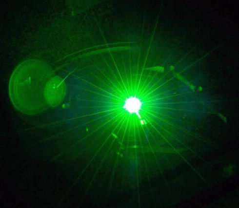 Sfere di laser parlanti: l'ultima del Pentagono. Il video