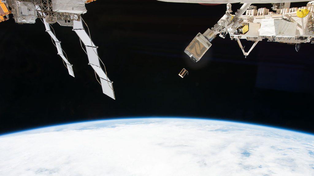 Spazio: modulo americano potrebbe scontrarsi contro satellite sovietico
