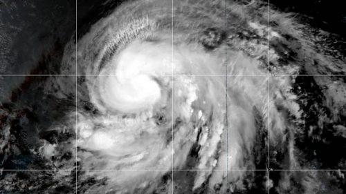 L'uragano Lorenzo raggiunge la quinta categoria e minaccia l'Europa