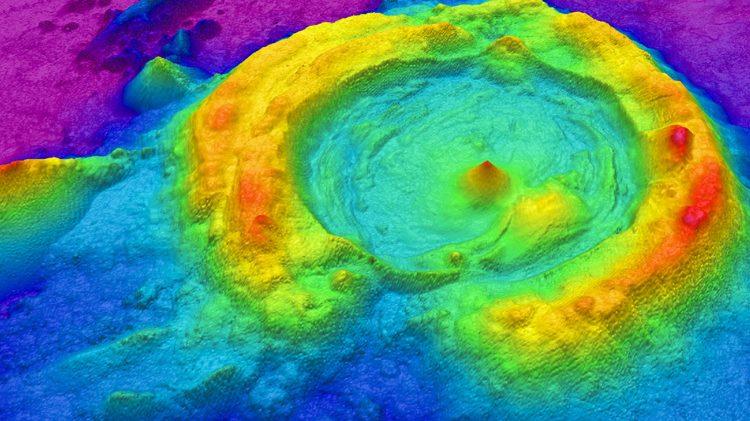 Diamante: scoperto il vulcano 'gemello' del Vesuvio