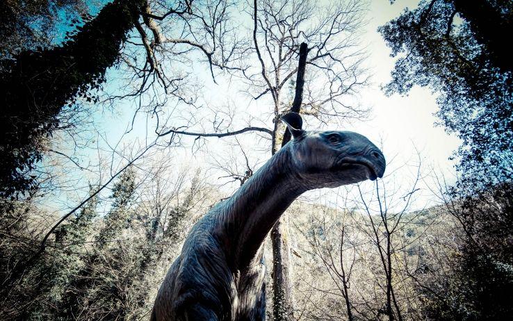 Gigantesco dinosauro a becco d'anatra scoperto in Giappone