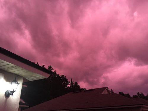 Dorian: cielo viola in Florida dopo il passaggio dell'uragano