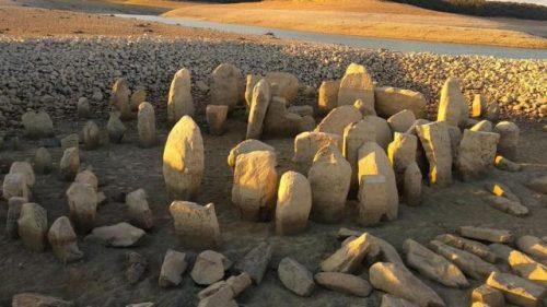 """La siccità fa emergere la """"Stonehenge spagnola"""""""