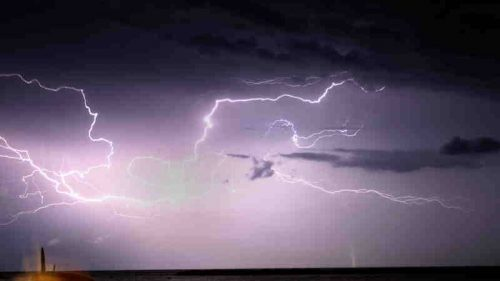 """Usa: registrato il fulmine """"più lungo"""" di sempre"""