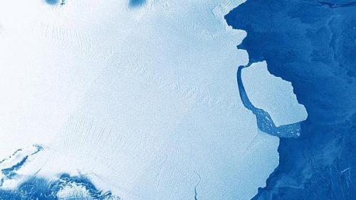 Iceberg di 315 miliardi di tonnellate si distacca da piattaforma antartica